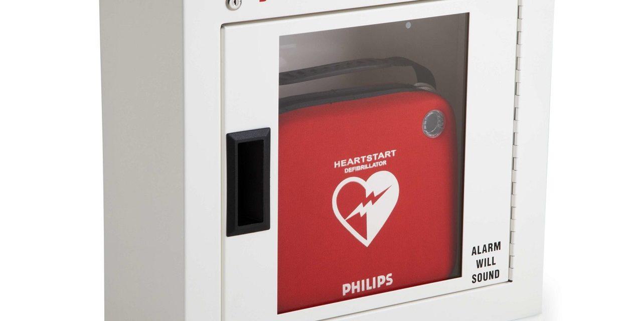 Un defibrillatore in memoria del dottor Massimo Cantalini